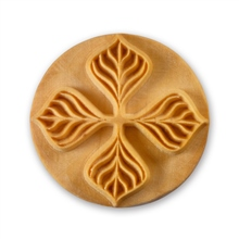 MKM Tools 6cm Round Stamp #025 - Four Leaves