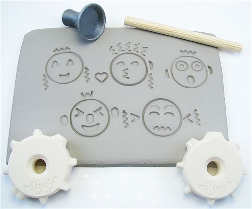 Relyef Pottery Tools Set of Emoji Puzzle 30mm  - Click to view larger image